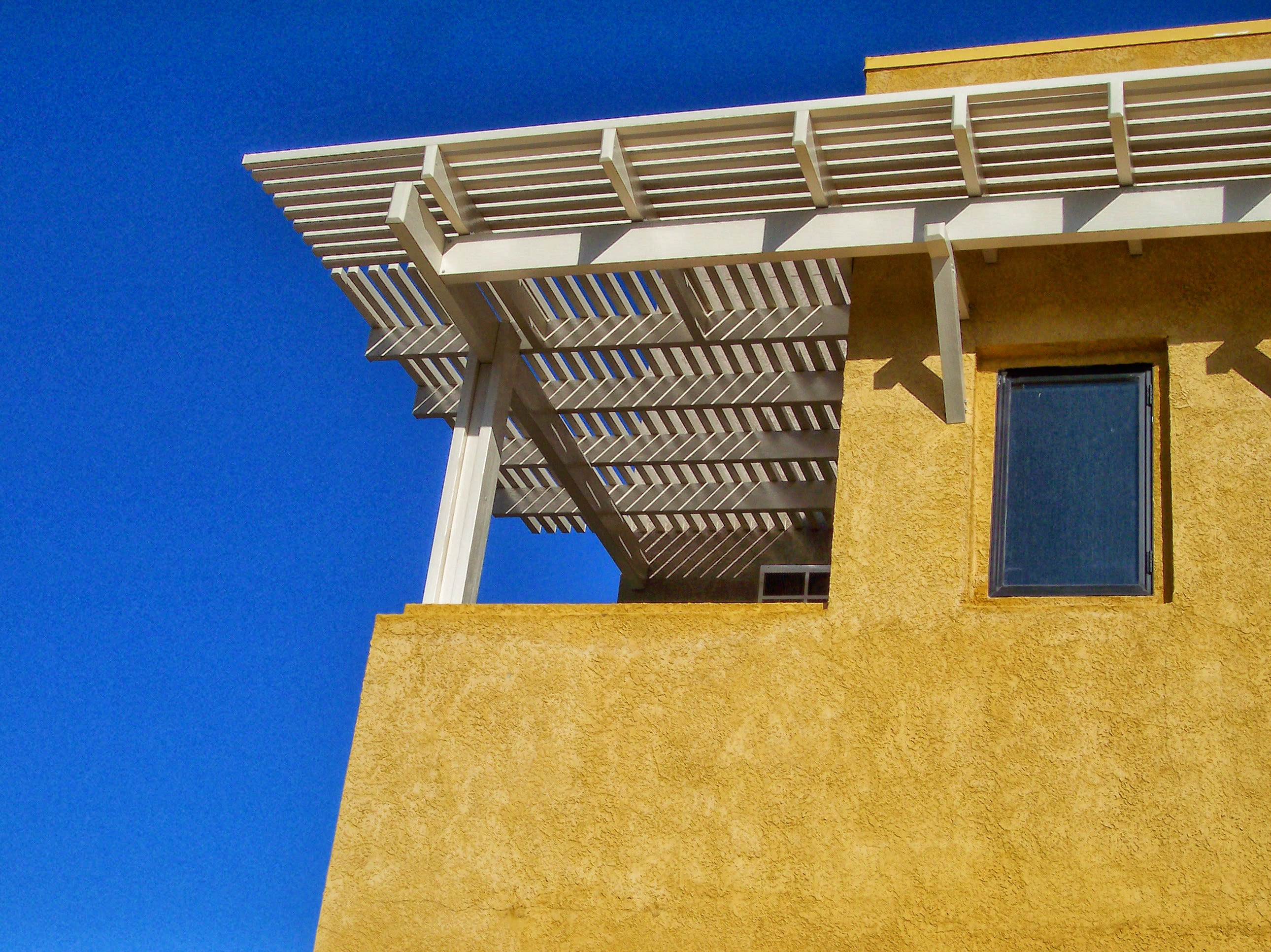 Patio Covers, Awnings in Walnut, CA (626) 333-5553